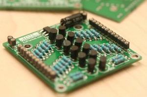 12-channel Bidirectional Logic Level Shifter
