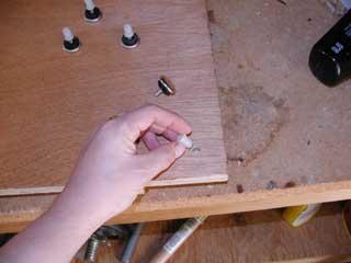 Installing the feet